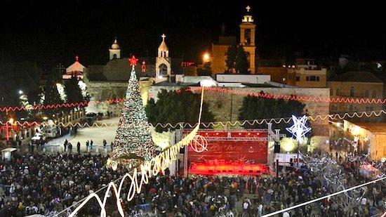 Natal em Belém teve recorde de turistas: muro que impede terrorismo não atrapalha celebrações cristãs