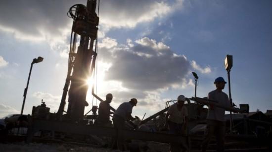 Exploração de petróleo em Israel: tecnologia avançada extrai precioso líquido das rochas