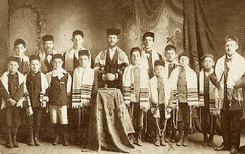 jew-read01s